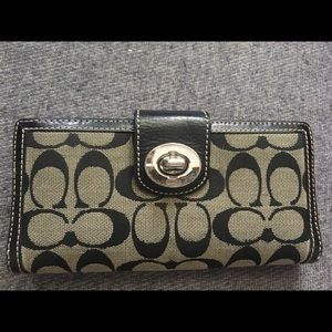 Coach Signature  Turn-Lock Checkbook Wallet